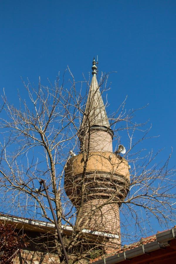 Μιναρές ενός οθωμανικού μουσουλμανικού τεμένους ύφους στοκ φωτογραφίες