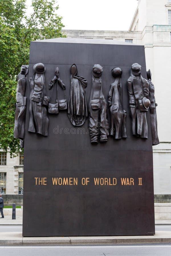 Μνημείο στις γυναίκες του Δεύτερου Παγκόσμιου Πολέμου στο Λονδίνο, UK στοκ εικόνα