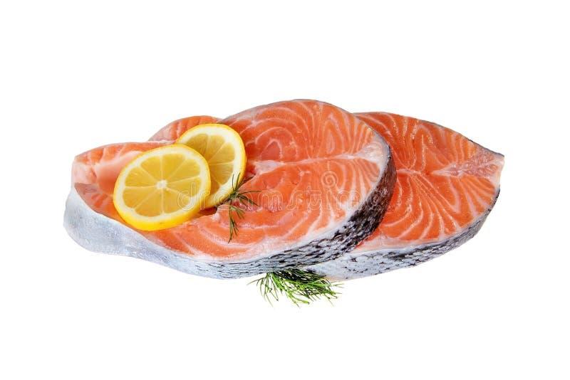 Μπριζόλα δύο ψαριών σολομών ακατέργαστες άψητες μπριζόλες σολομών στο λευκό στοκ φωτογραφίες με δικαίωμα ελεύθερης χρήσης