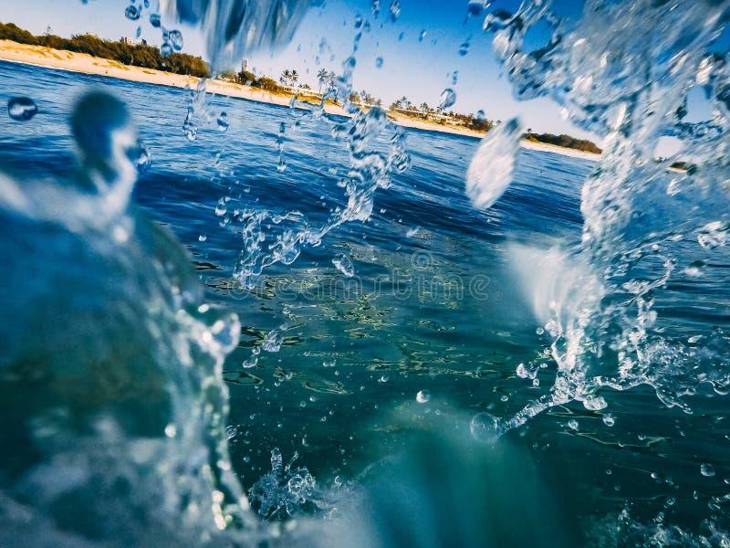 Νερό κουρτινών κυμάτων στοκ φωτογραφία