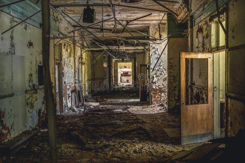 Ντιτρόιτ, Μίτσιγκαν, στις 18 Μαΐου 2018: Εσωτερική άποψη του εγκαταλειμμένου και χαλασμένου σχολείου του George Ferris στο Ντιτρό στοκ εικόνες με δικαίωμα ελεύθερης χρήσης