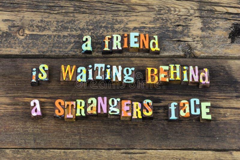 Ξένος φίλων που περιμένει τον ευπρόσδεκτο καλό τύπο τυπογραφίας στοκ εικόνες