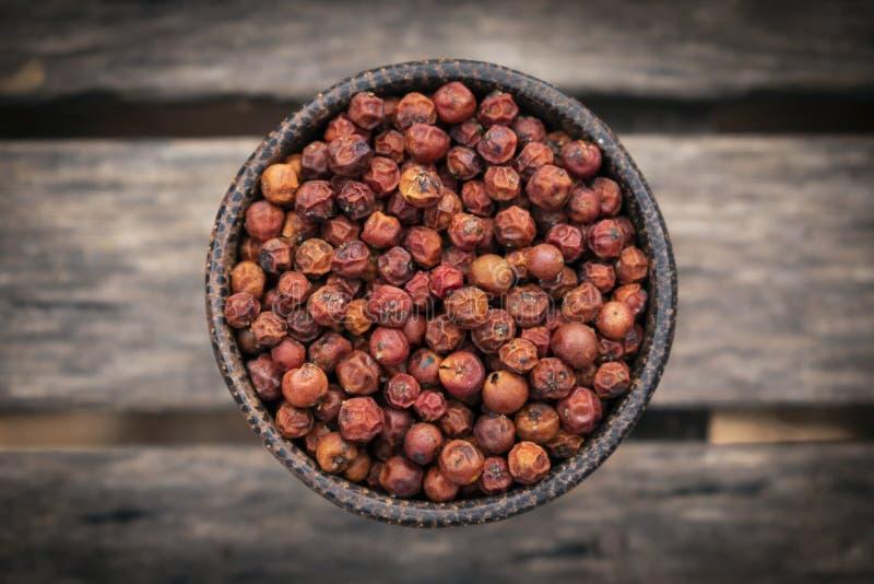 Οργανικά δημητριακά κόκκινων πιπεριών kampot ξηρά στην Καμπότζη στοκ εικόνες με δικαίωμα ελεύθερης χρήσης