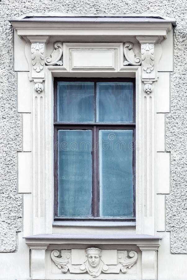Ορθογώνιο παράθυρο σε έναν γκρίζο τοίχο στοκ εικόνες με δικαίωμα ελεύθερης χρήσης