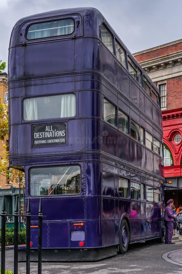 ΟΡΛΑΝΤΟ, ΦΛΩΡΙΔΑ, ΗΠΑ - ΤΟ ΔΕΚΈΜΒΡΙΟ ΤΟΥ 2018: Όλοι οι προορισμοί, το λεωφορείο ιπποτών, που χρησιμοποιείται για να πάρει τους πρ στοκ φωτογραφίες με δικαίωμα ελεύθερης χρήσης