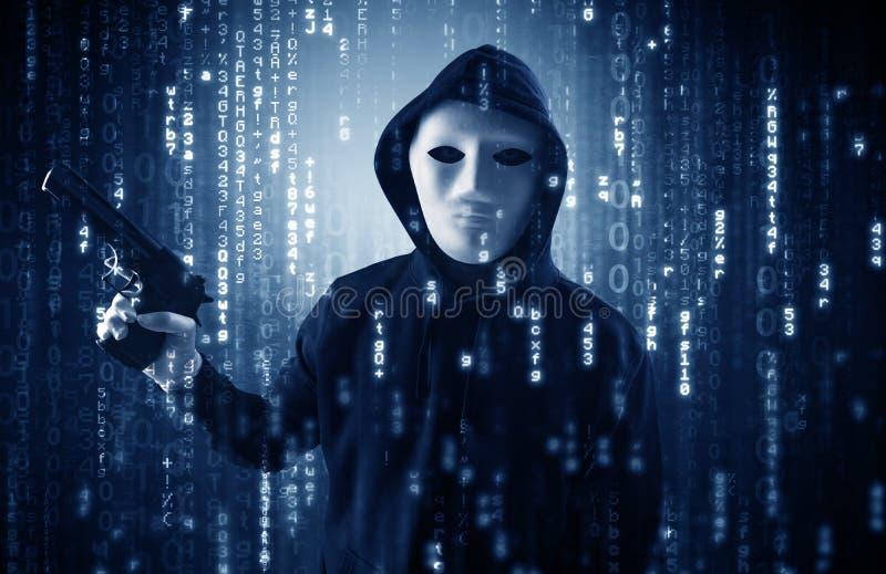 Οπλισμένος χάκερ στην έννοια σύννεφων ασφάλειας cyber στοκ εικόνα με δικαίωμα ελεύθερης χρήσης