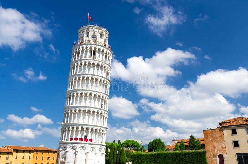 Ο κλίνοντας πύργος Torre έκανε την Πίζα Piazza del Miracoli στην πλατεία στοκ φωτογραφία με δικαίωμα ελεύθερης χρήσης