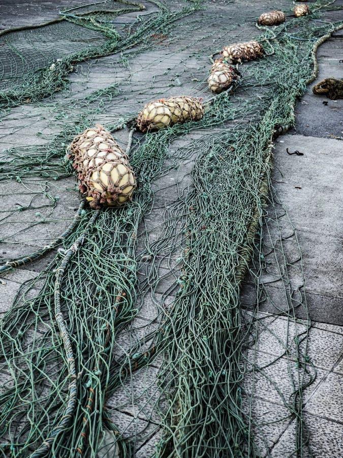 Δίχτυ ψαρέματος και σημαντήρες στοκ φωτογραφία με δικαίωμα ελεύθερης χρήσης