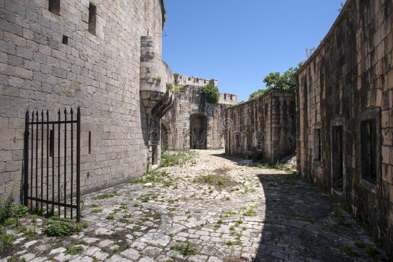 Île de forteresse de Mamula, l'entrée à la baie de Boka Kotorska, Monténégro image stock