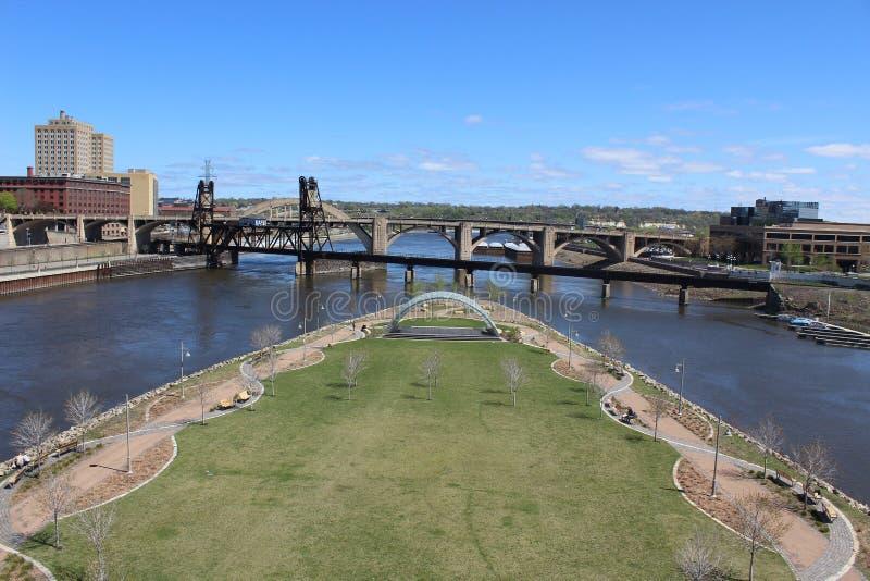 Île de framboise, le fleuve Mississippi, saint Paul Minnesota image libre de droits