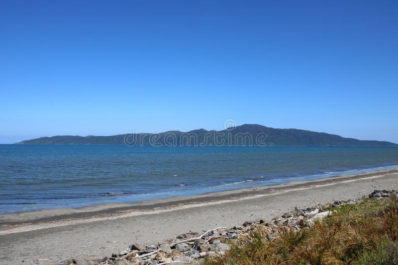 Île de Kapiti de plage de Paraparaumu, Nouvelle-Zélande photo stock