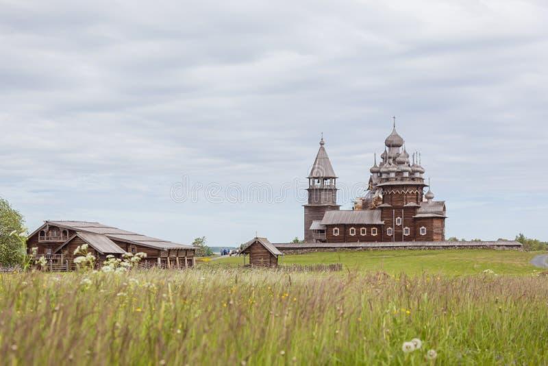 Download Île De Kizhi, Carélie, Russie Photo stock éditorial - Image du herbe, horizontal: 77161313