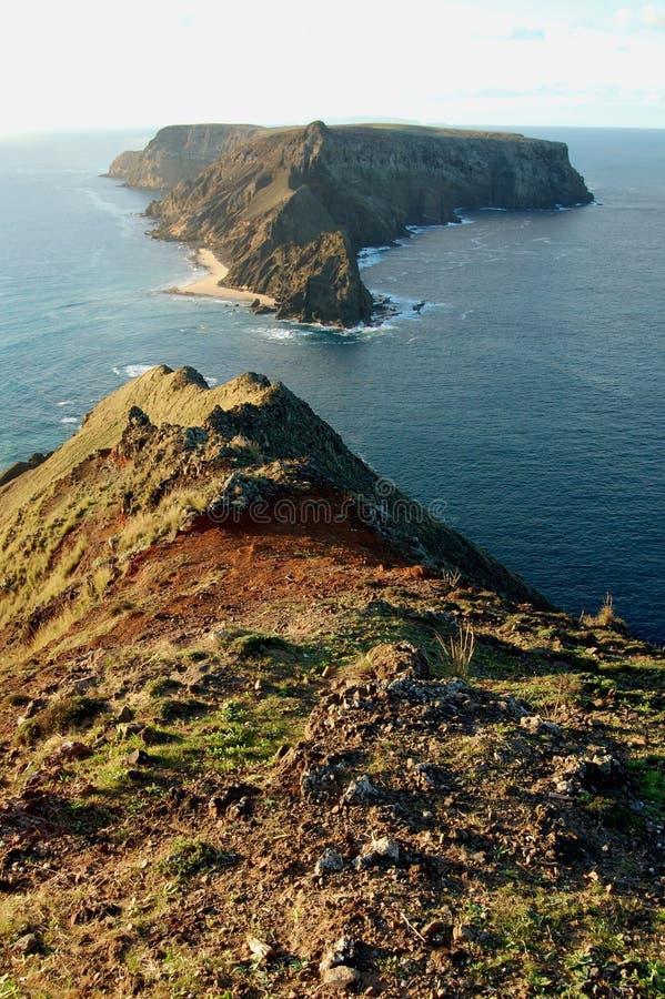 Île de la Madère : La côte de l'île Porto de vacances font Santo image stock