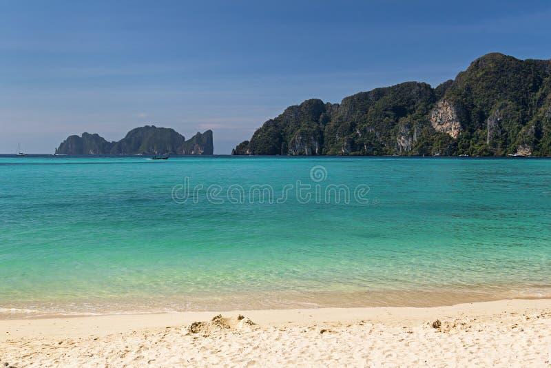 Île de Phi Phi Don dans la province de Krabi de la Thaïlande photographie stock