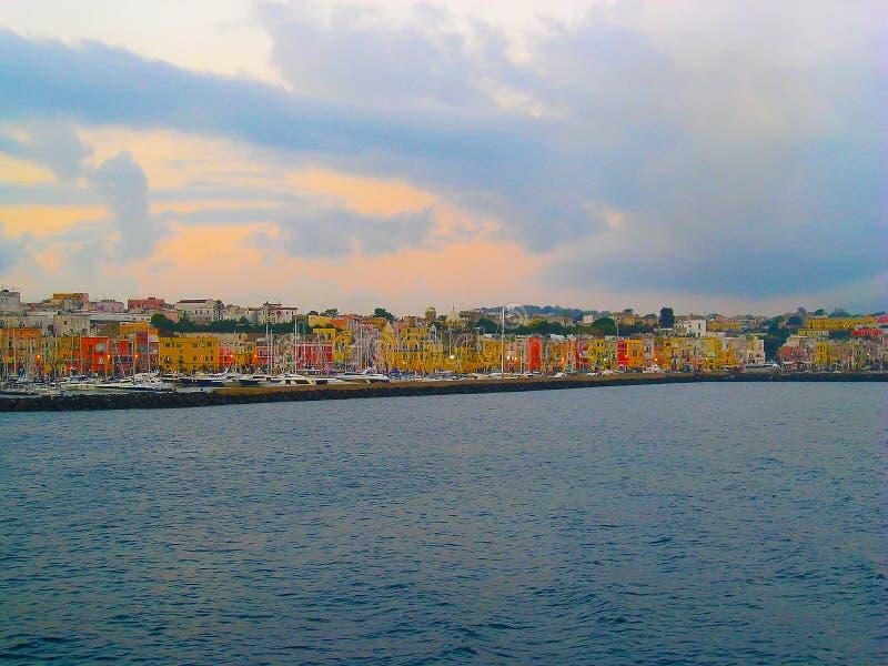 Île de région de Campanie de Procida près de Naples l'Italie image stock
