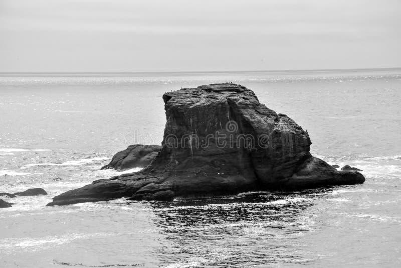 Île de roche outre de flatterie de cap photographie stock