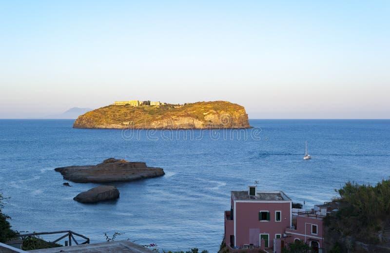 Île de Santo Stefano photographie stock libre de droits