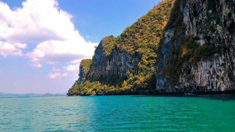 Île en mer de Trang, Thaïlande photo stock