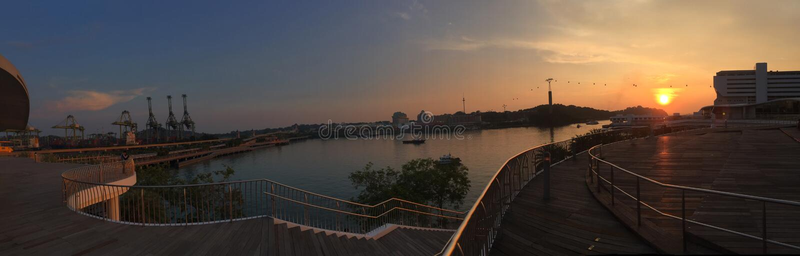 Île Singapour de ville de coucher du soleil photo stock