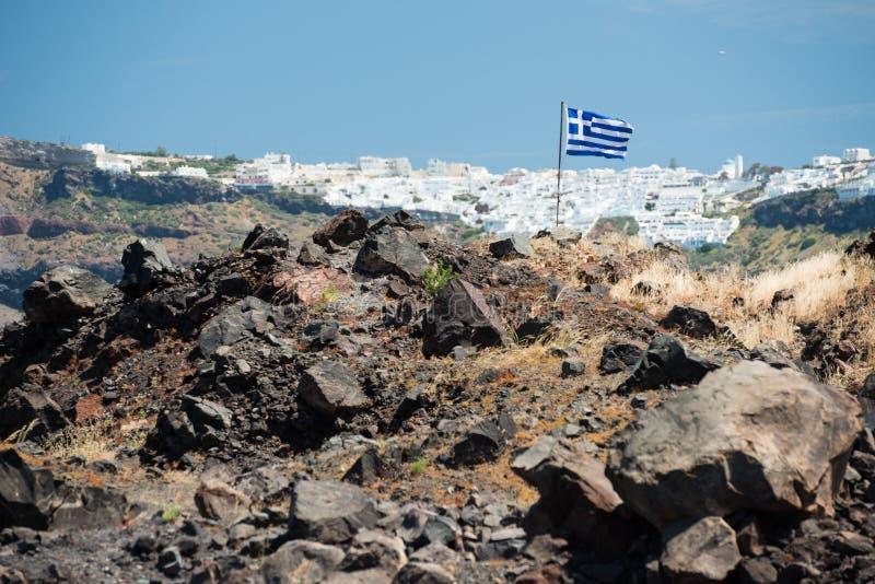 Île volcanique Nea Kameni, Santorini à l'arrière-plan, Grèce photo stock