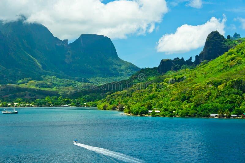 Îles de Moorea, la baie du cuisinier, Polynésie française images stock