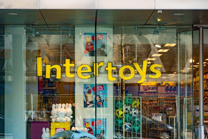 Ρότερνταμ, οι Κάτω Χώρες - 16 Φεβρουαρίου 2019: Το Intertoys είναι ολλανδικός λιανοπωλητής παιχνιδιών και πολυμέσων Έχουν ζητήσει στοκ φωτογραφία με δικαίωμα ελεύθερης χρήσης