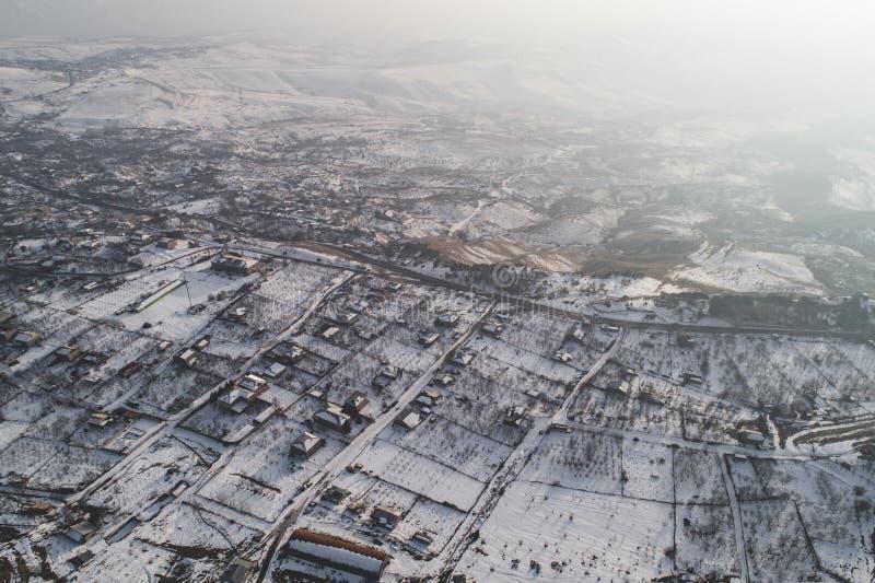 Όμορφοι χιονώδεις λόφοι στοκ φωτογραφία