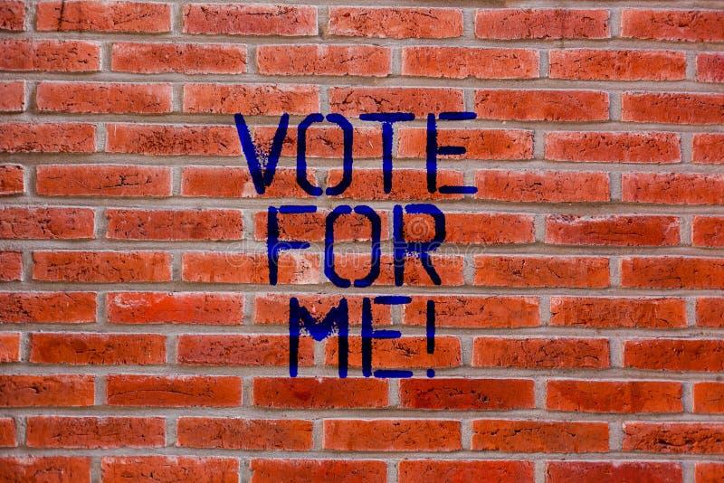 Σημάδι κειμένων που παρουσιάζει ψηφοφορία για με Εννοιολογική φωτογραφία που κάνει εκστρατεία για μια κυβερνητική θέση στο επερχό στοκ φωτογραφία με δικαίωμα ελεύθερης χρήσης