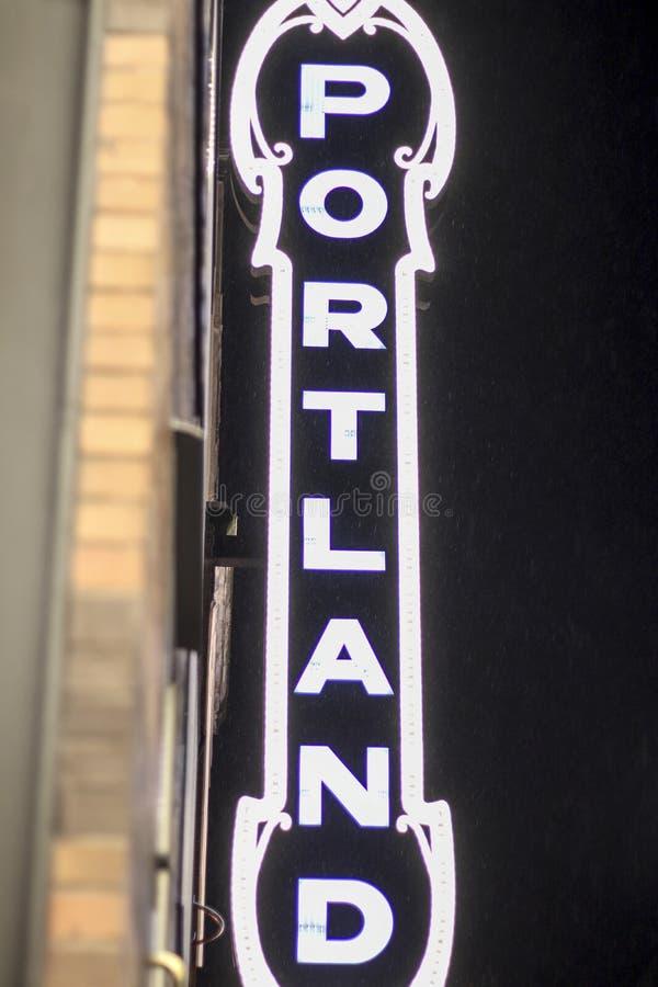 Σημάδι του Πόρτλαντ στο στο κέντρο της πόλης κέντρο πόλεων στοκ εικόνα με δικαίωμα ελεύθερης χρήσης