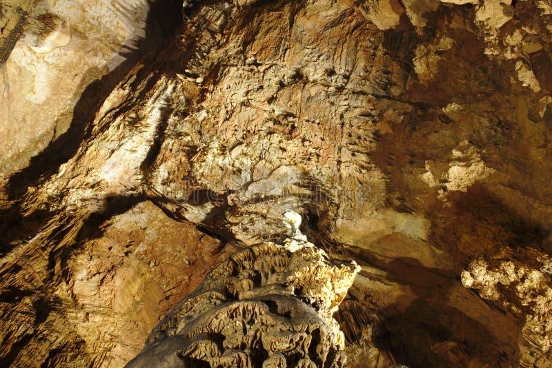 Σταλακτίτες στο ανώτατο όριο από τη σπηλιά Baradla σε Aggtelek, Ουγγαρία στοκ φωτογραφία με δικαίωμα ελεύθερης χρήσης