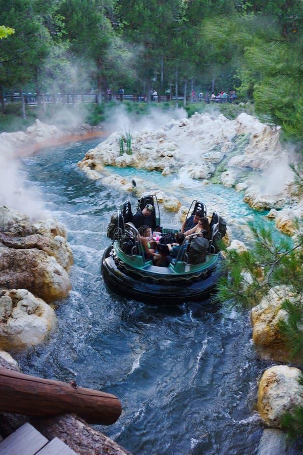 Σταχτιά περιπέτεια Rafting Disney Καλιφόρνια ποταμών στοκ φωτογραφίες με δικαίωμα ελεύθερης χρήσης