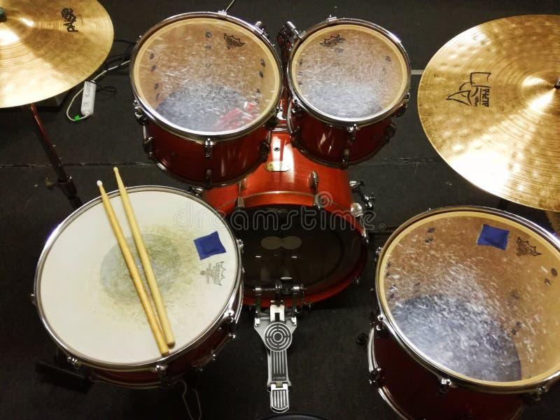 Στιγμιότυπο Drumset από το δωμάτιο μουσικής στοκ εικόνες