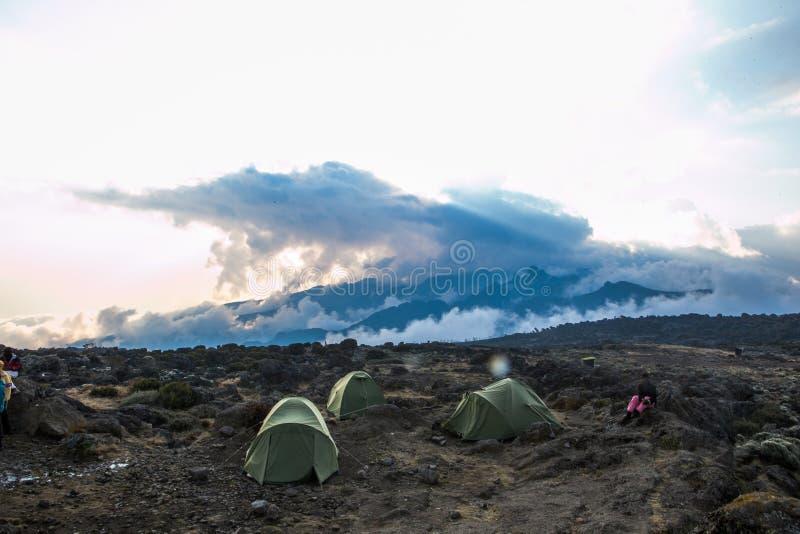 Στρατόπεδο Shira στη διαδρομή Machame στοκ εικόνα με δικαίωμα ελεύθερης χρήσης