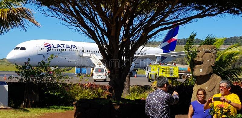 Το αεροπλάνο που συνδέει το νησί Πάσχας με τη Χιλή στοκ εικόνα