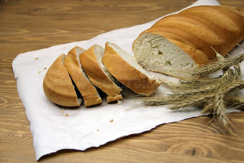 φρέσκια φέτα ψωμιού στοκ εικόνες