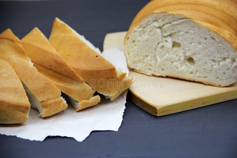 φρέσκια φέτα ψωμιού στοκ εικόνα