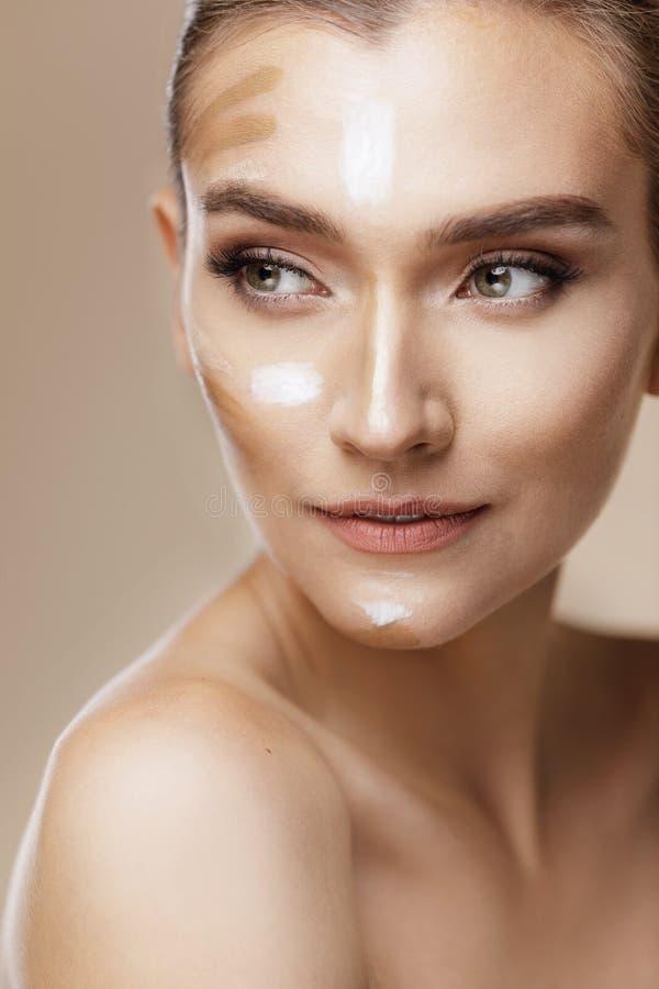 Φροντίδα δέρματος και έννοια ομορφιάς στοκ εικόνα με δικαίωμα ελεύθερης χρήσης