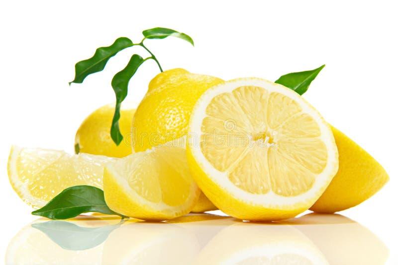 Φρούτα λεμονιών στο άσπρο υπόβαθρο στοκ φωτογραφία