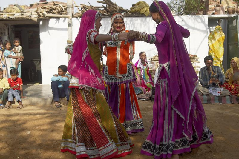 Φυλετικοί χορευτές στο Jaipur, Ινδία στοκ εικόνες με δικαίωμα ελεύθερης χρήσης