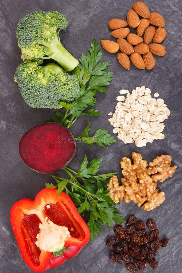 Φυσικό υγιές αγαθό λαχανικών για την υπέρταση και το διαβήτη, θρεπτική έννοια κατανάλωσης στοκ εικόνες