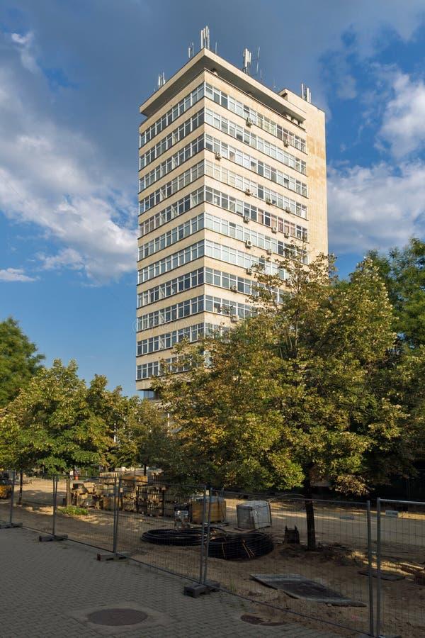 Χαρακτηριστικό κτήριο στο κέντρο της πόλης της Στάρα Ζαγόρα, Βουλγαρία στοκ εικόνα με δικαίωμα ελεύθερης χρήσης
