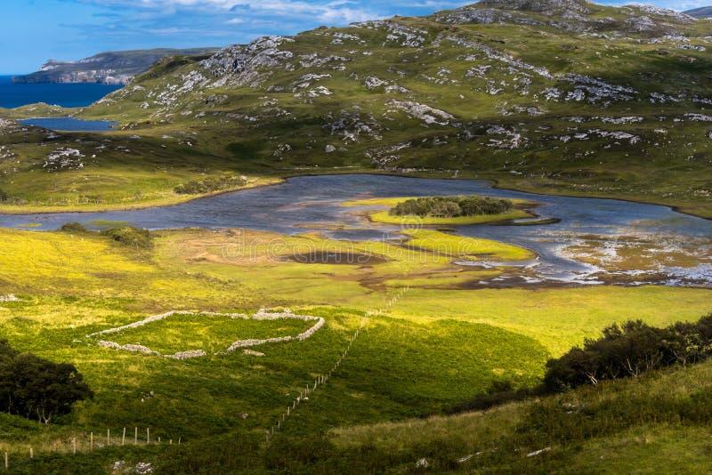 Χαρακτηριστικό τοπίο στις σκωτσέζικες ορεινές περιοχές, UK στοκ εικόνες με δικαίωμα ελεύθερης χρήσης