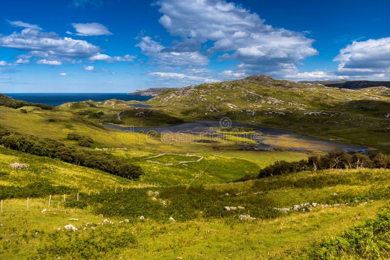 Χαρακτηριστικό τοπίο στις σκωτσέζικες ορεινές περιοχές, UK στοκ εικόνες