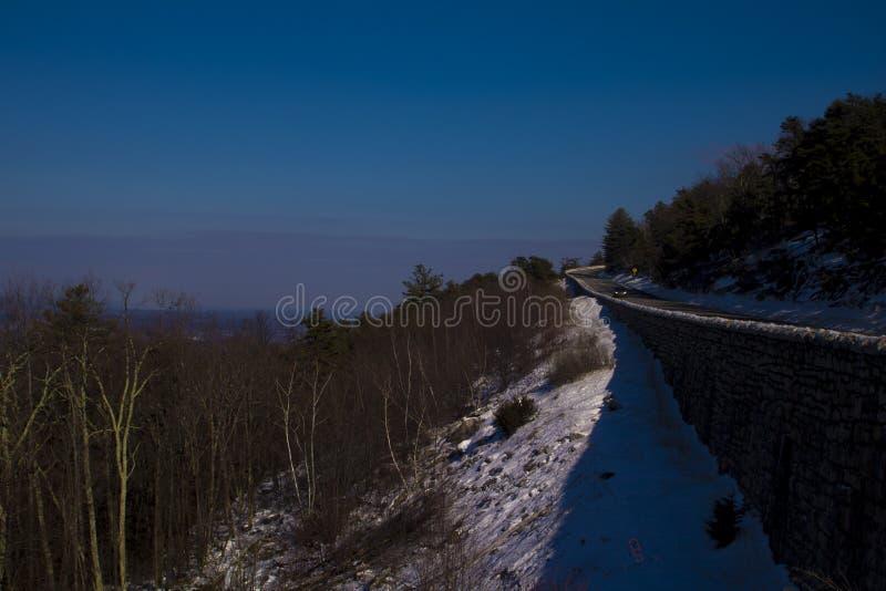 Χειμερινό αφηρημένο τοπίο mountainside στην εκτός κράτους Νέα Υόρκη στοκ φωτογραφία