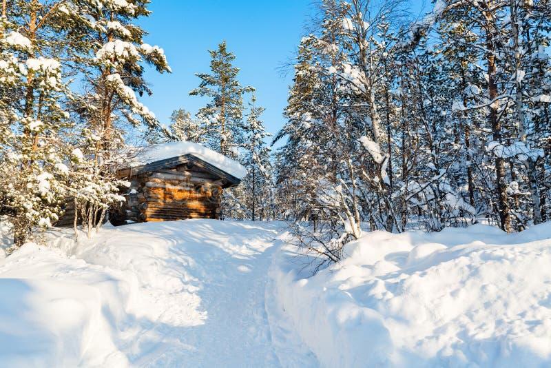 Χειμερινό τοπίο στη Φινλανδία στοκ εικόνες