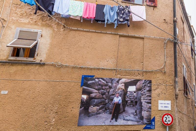 100 χρονοι, Alghero, νησί της Σαρδηνίας, Ιταλία στοκ εικόνα με δικαίωμα ελεύθερης χρήσης