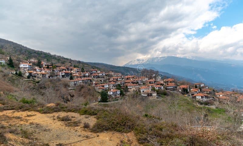 Χωριό Panteleimonas Palaios στην περιοχή της Ελλάδας Leptokaria στοκ φωτογραφία
