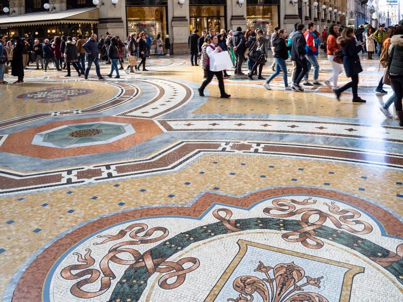 Πάτωμα σε Galleria Vittorio Emanuele ΙΙ στο Μιλάνο στοκ εικόνα