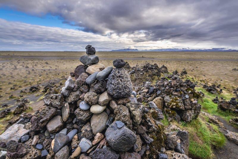 Πέτρινοι τύμβοι στην Ισλανδία στοκ εικόνες