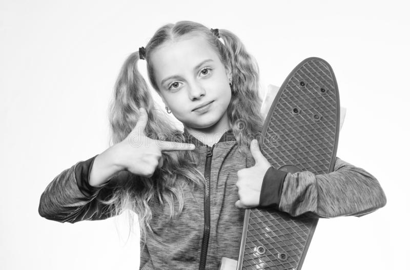 Πίνακας πενών του ονείρου της Επιλέξτε skateboard που φαίνεται μεγάλο και οδηγά επίσης μεγάλο Καλύτερο δώρο για το παιδί Παιδί μα στοκ φωτογραφίες με δικαίωμα ελεύθερης χρήσης